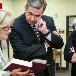 Diane Black makes donation slider